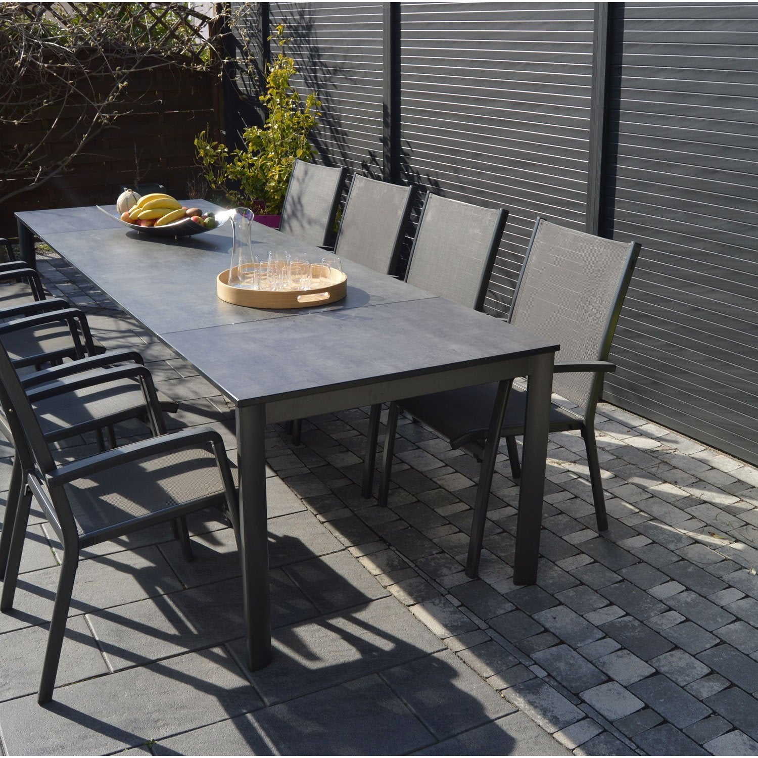 Salon de jardin puroplan aluminium gris anthracite 10 - Table salon de jardin alu et composite ...