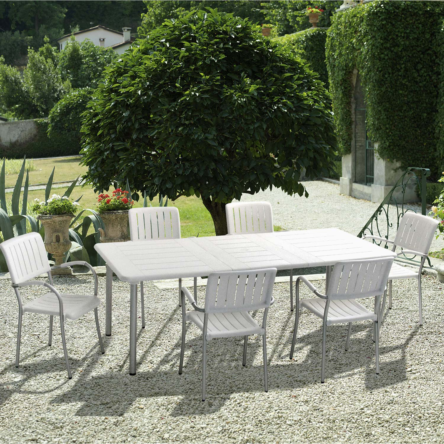 salon de jardin maestrale blanc 6 personnes leroy merlin. Black Bedroom Furniture Sets. Home Design Ideas