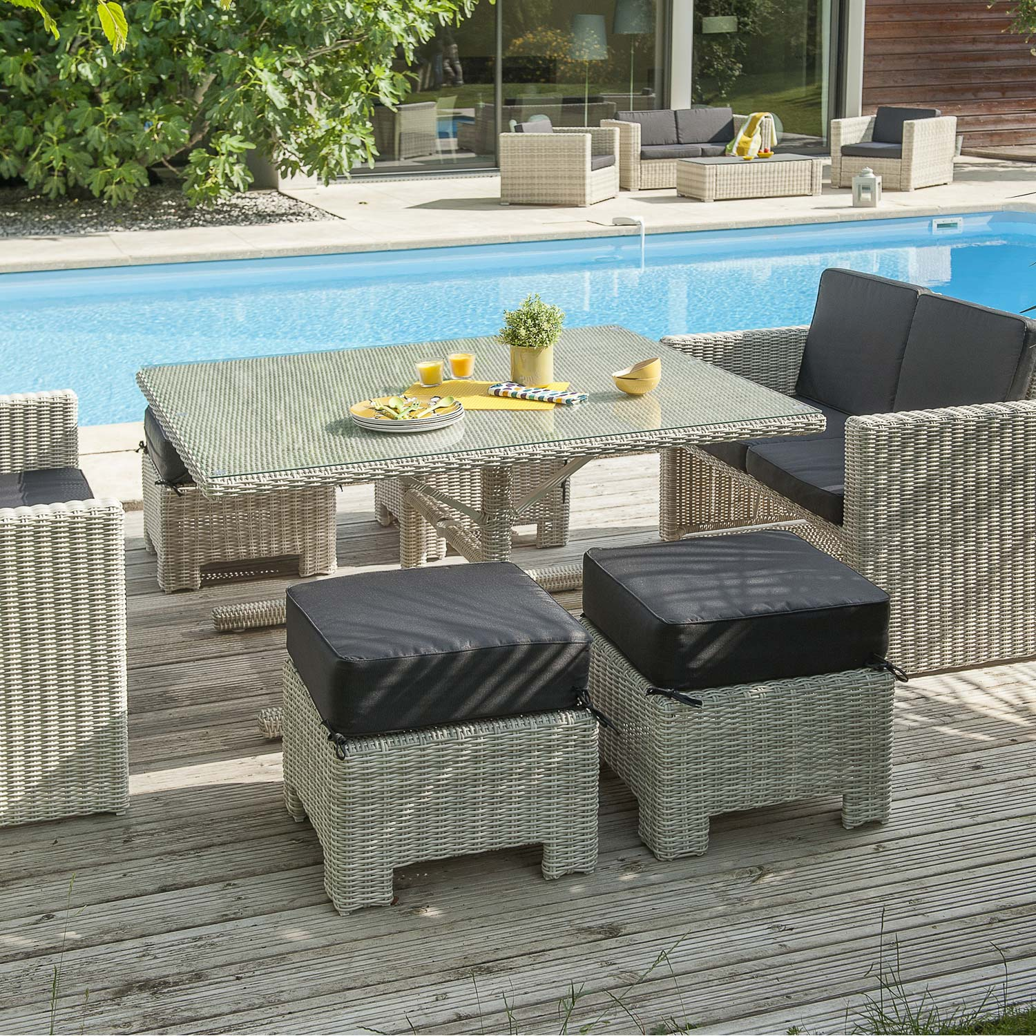 Salon jardin oceane lunch blanc 1 table 2 banquettes 4 poufs leroy merlin - Leroy merlin salon jardin resine toulon ...