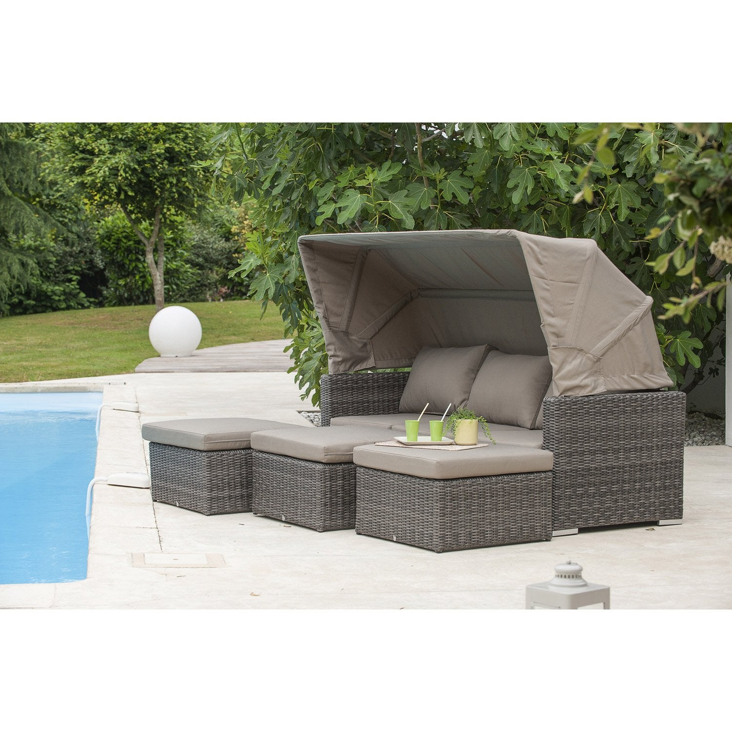 Salon bas de jardin caleche r sine tress e gris anthracite for Table et chaise de jardin en resine tressee gris