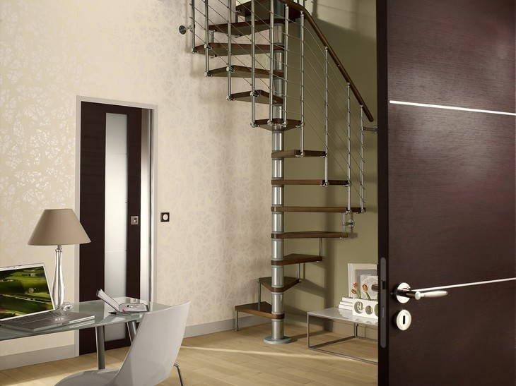 Escaliers sur mesure la bonne marche suivre leroy merlin - Garde corps escalier interieur leroy merlin ...