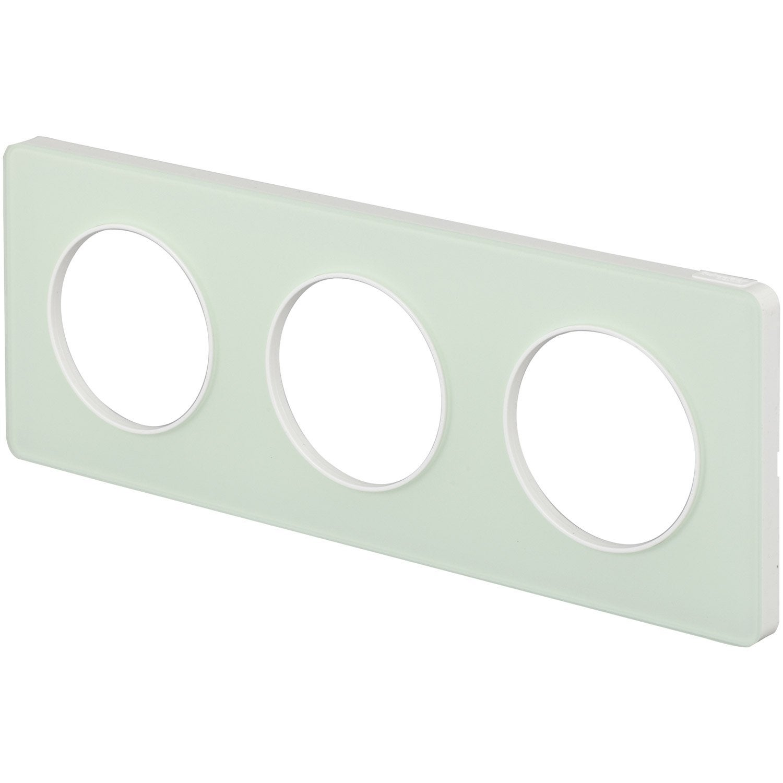 Plaque triple odace schneider electric vert translucide for Plaque translucide leroy merlin