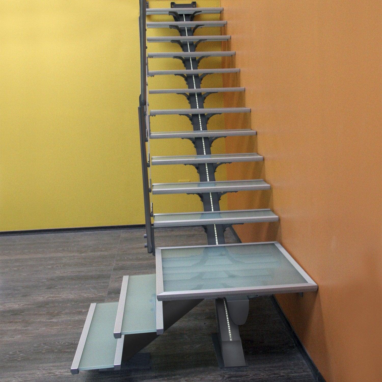 kit lumi re pour escalier mona escapi leroy merlin. Black Bedroom Furniture Sets. Home Design Ideas