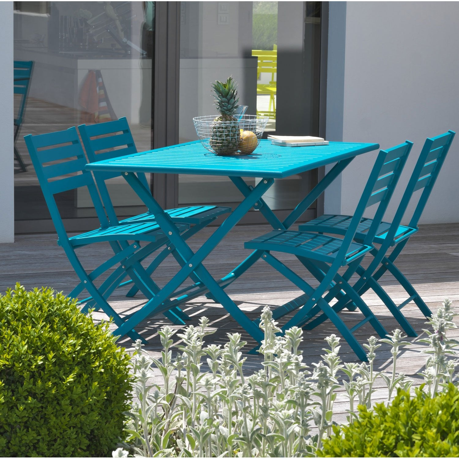 Stunning salon de jardin bleu vert contemporary awesome for Salon jardin bleu