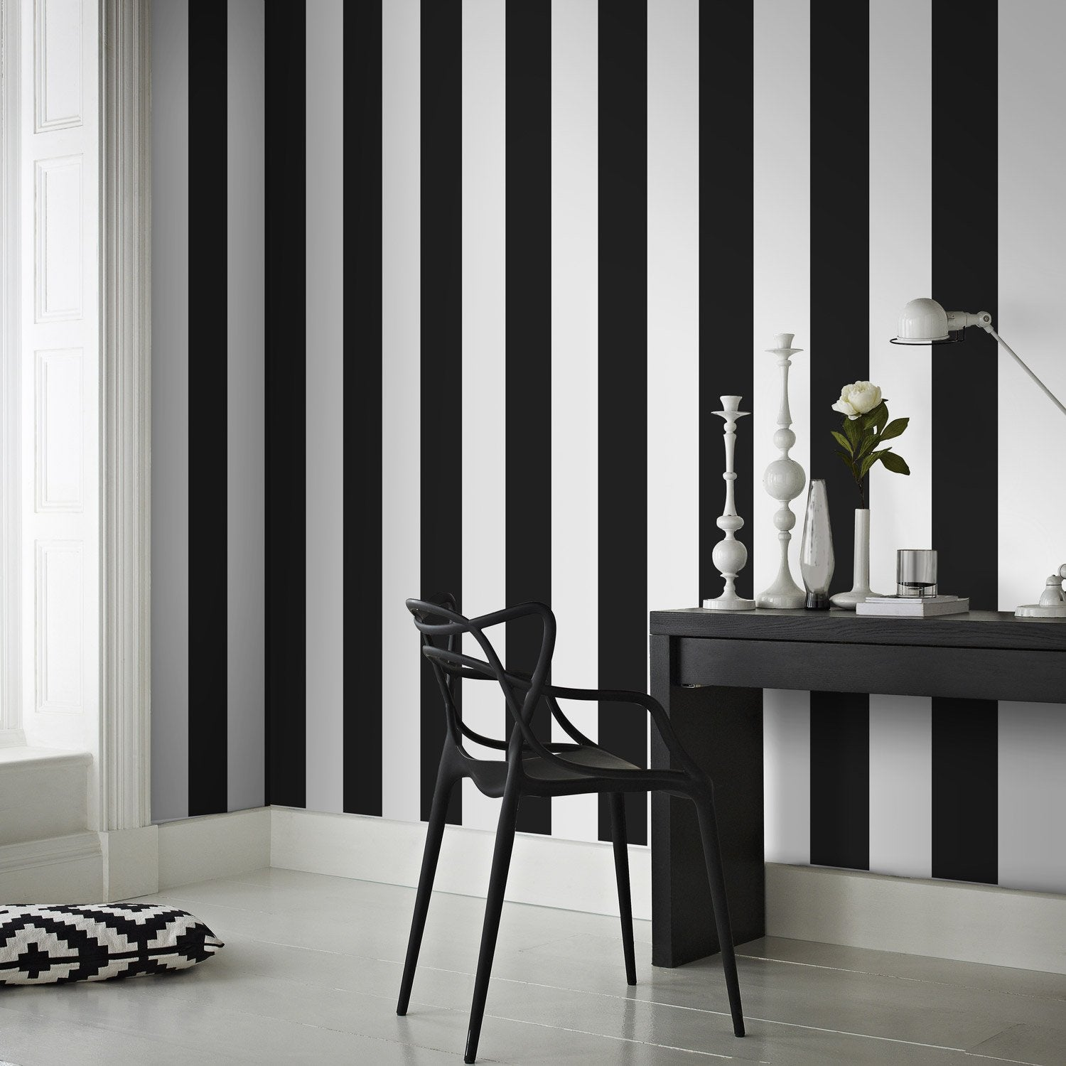 papier peint intiss rayures noir et blanc leroy merlin. Black Bedroom Furniture Sets. Home Design Ideas