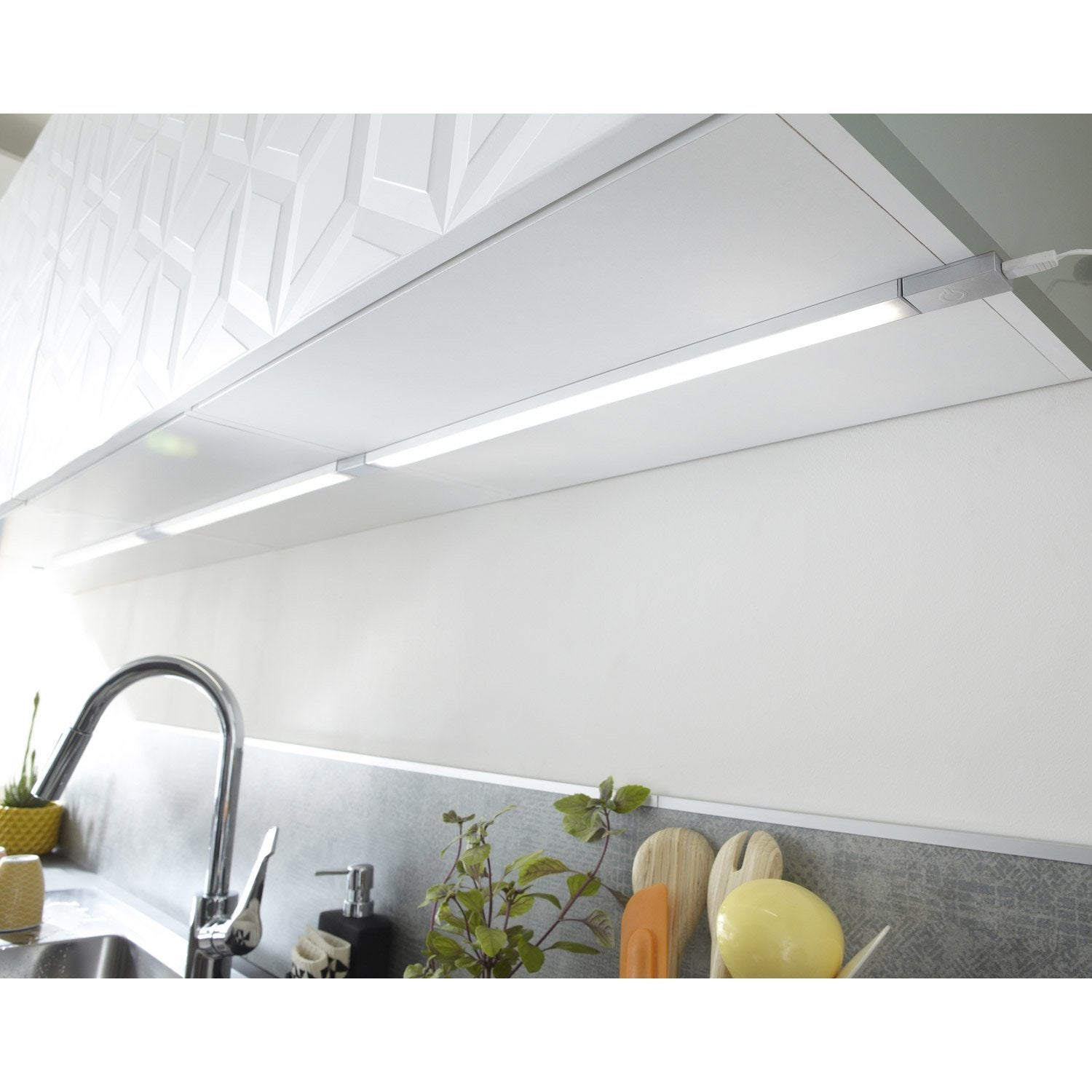 R glette fixer plate led int gr e 35 cm rio inspire 3 5 for Installer plan de travail sans meuble