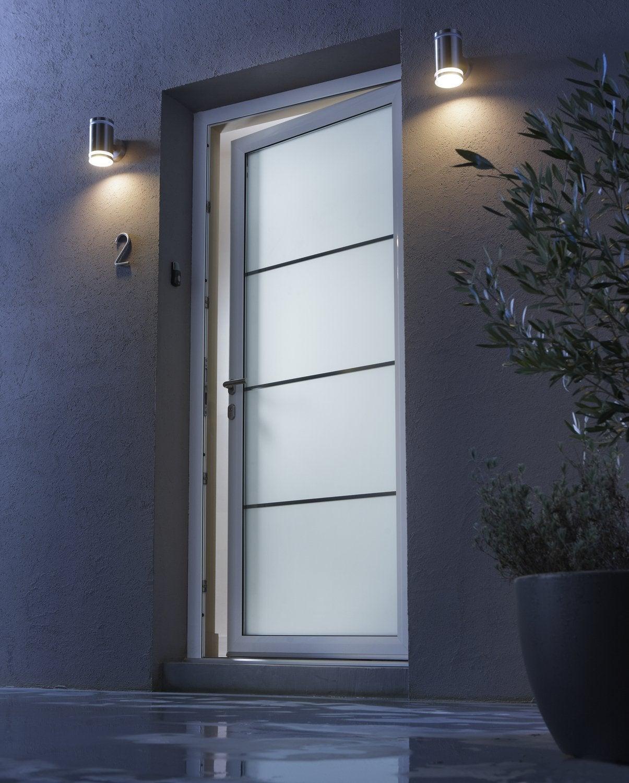 Une porte pour affirmer votre style d s l 39 entr e for Capitonner une porte d entree