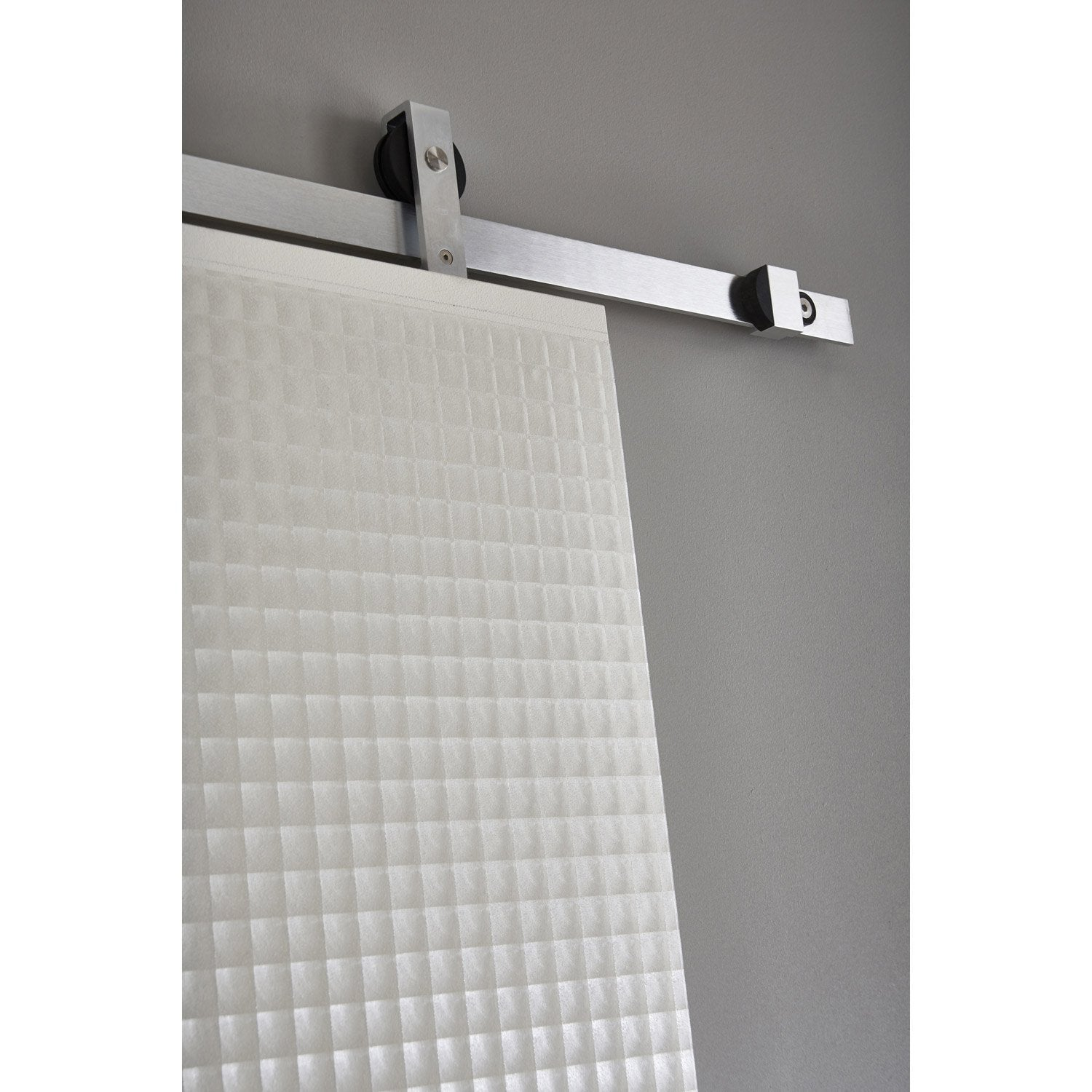Revetement adhesif mural cuisine lambris adhsif dalle for Carrelage adhesif salle de bain avec led plafond leroy merlin