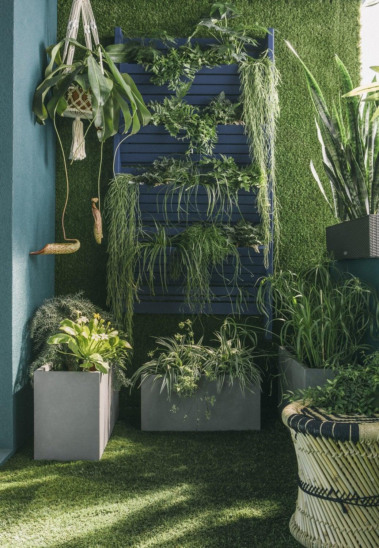 Un balcon bien am nag avec des dalles en composites clipsables grises lero - Dalles clipsables leroy merlin ...