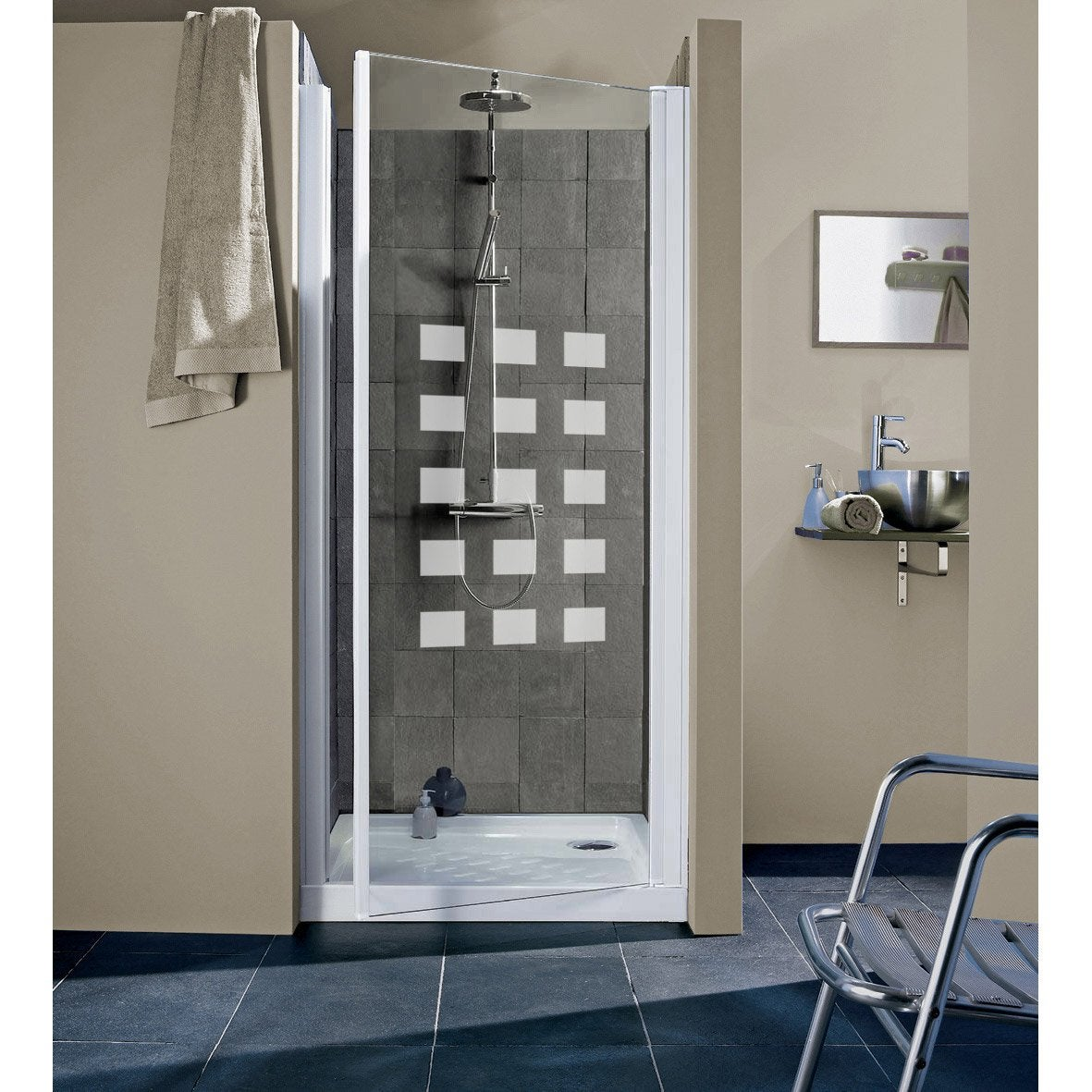 porte de douche pivotante thala hekla verre de s curit s rigraphi leroy merlin. Black Bedroom Furniture Sets. Home Design Ideas