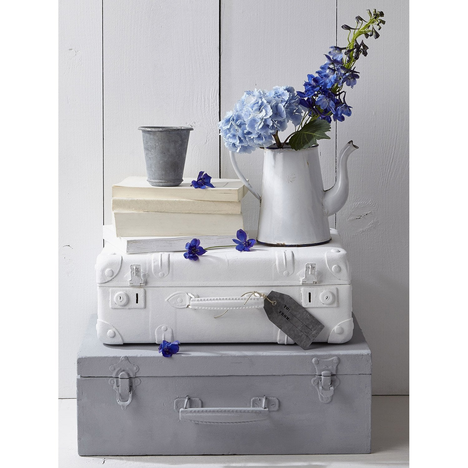 affiche valise et fleurs 30 x 40 cm leroy merlin. Black Bedroom Furniture Sets. Home Design Ideas