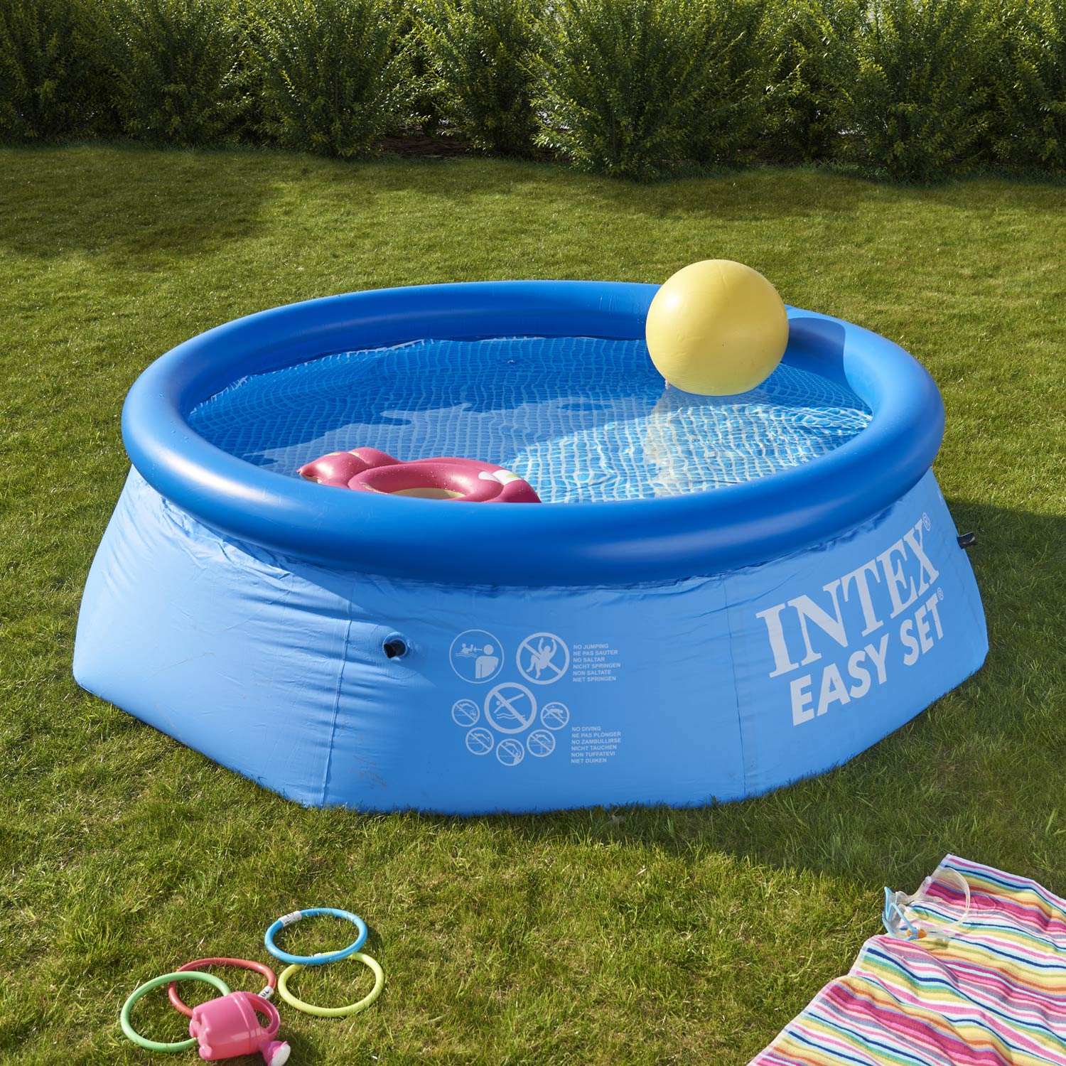 Piscine hors sol autoportante gonflable easy set intex for Petite piscine gonflable pour bebe