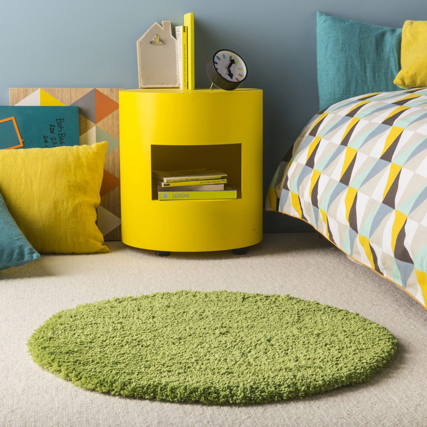 Tapis vert shaggy agathe mm leroy merlin for Bain moussant fait maison