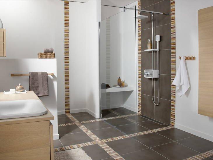 Frise verticale salle de bain for Hauteur meuble salle de bain leroy merlin