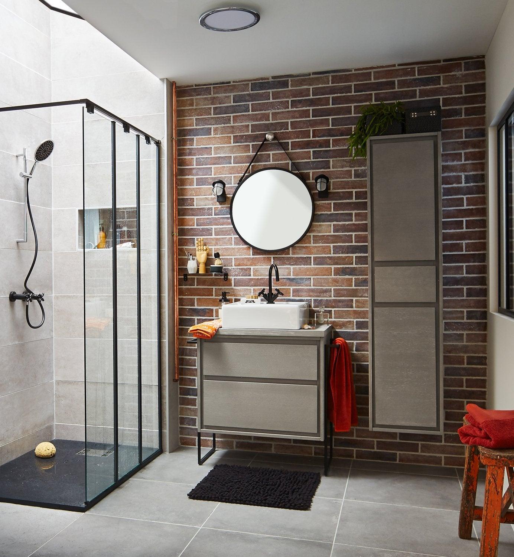 Ma salle de bains en rose et noir leroy merlin for Salle de bain noir et rose