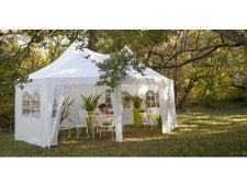 tout savoir sur les tonnelles tentes et velums de jardin leroy merlin. Black Bedroom Furniture Sets. Home Design Ideas