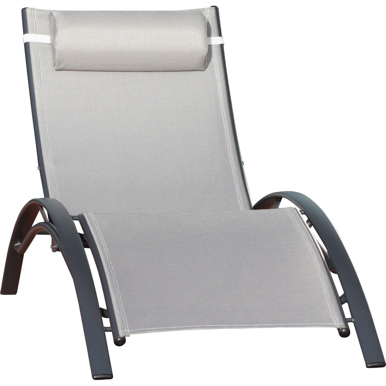 Bain de soleil de jardin en aluminium gris leroy merlin for Chaise longue jardin aldi