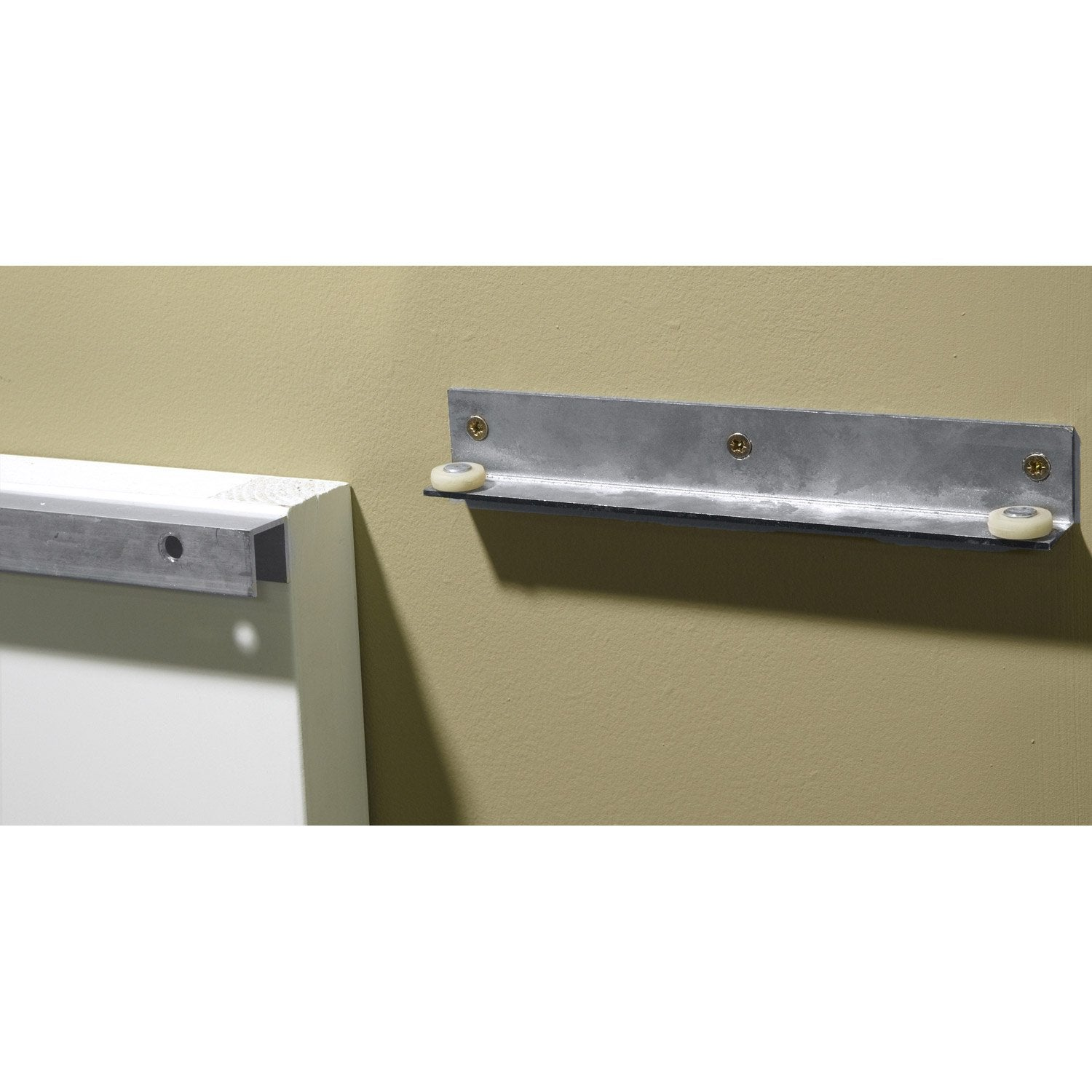 Rail coulissant secret artens pour porte de largeur 113 cm leroy merlin - Fixation rail porte coulissante ...