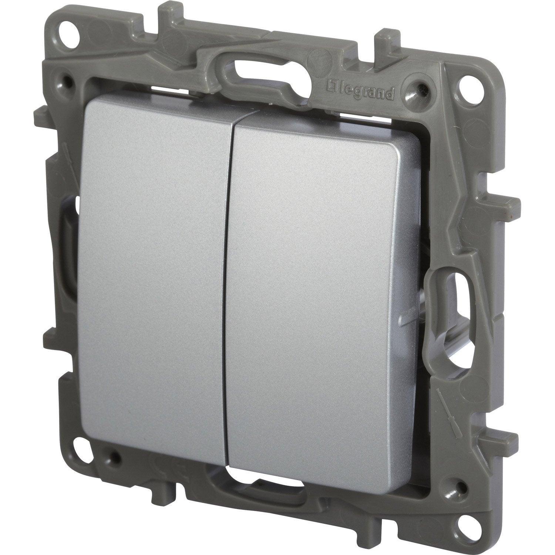Double interrupteur va et vient nilo legrand gris for Interrupteur exterieur legrand