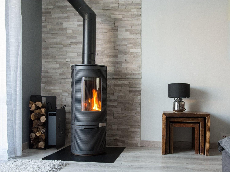 le po le bois de christophe au bois d 39 ennebourg leroy merlin. Black Bedroom Furniture Sets. Home Design Ideas