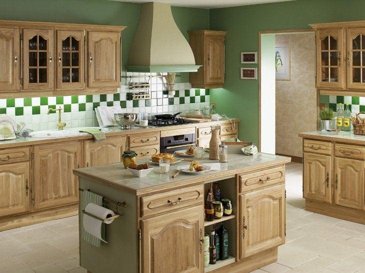 lot et bar dans une cuisine de 10m leroy merlin. Black Bedroom Furniture Sets. Home Design Ideas