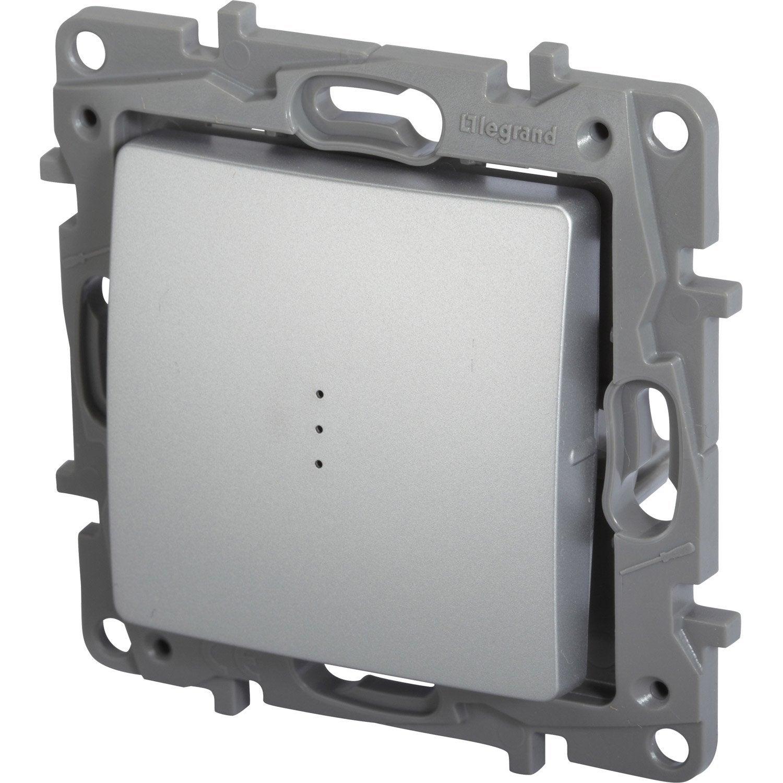interrupteur vv voyant t moin ou lumineux nilo legrand gris aluminium leroy merlin. Black Bedroom Furniture Sets. Home Design Ideas