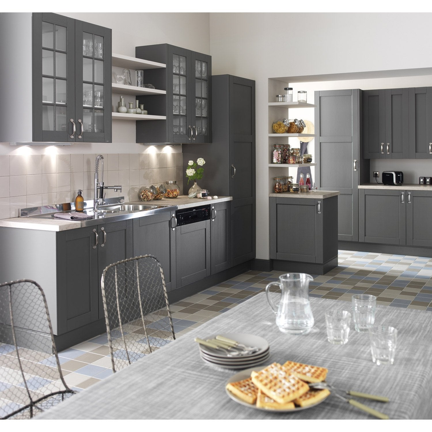 range assiettes de cuisine gris nuage leroy merlin. Black Bedroom Furniture Sets. Home Design Ideas
