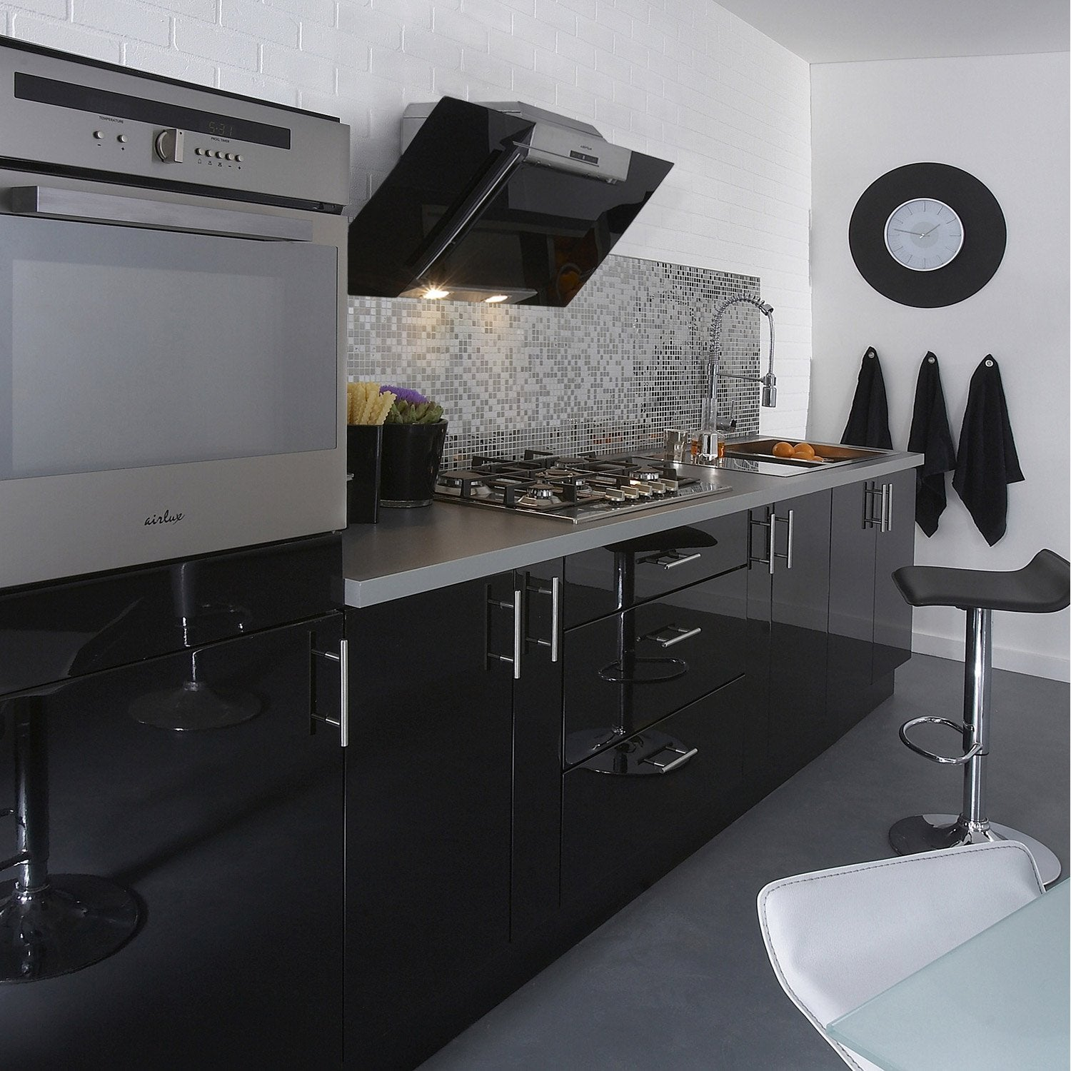 Meuble de cuisine noir delinia rio leroy merlin for Portes elements cuisine leroy merlin