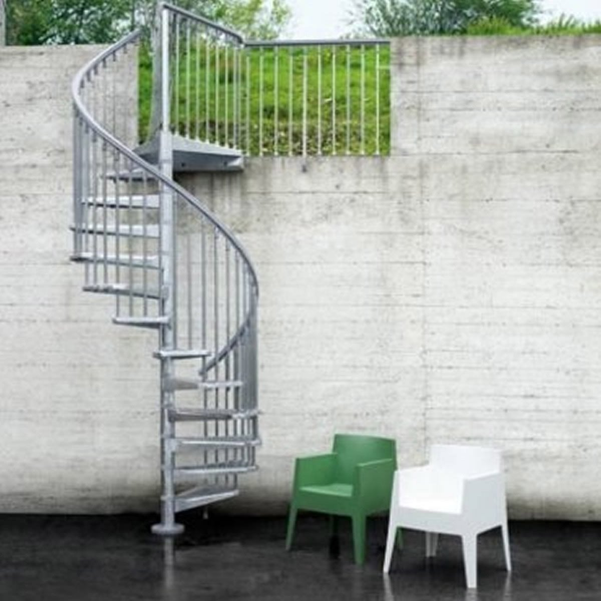 Escalier colima on rond steel zink acier galvanis leroy for Escalier galvanise prix