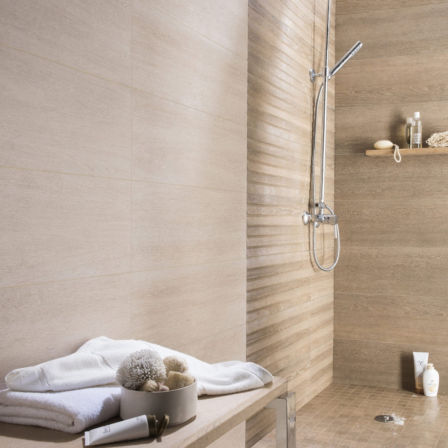 Fa ence mur effet ch ne naturel lodge x cm for Faience salle de bain nature