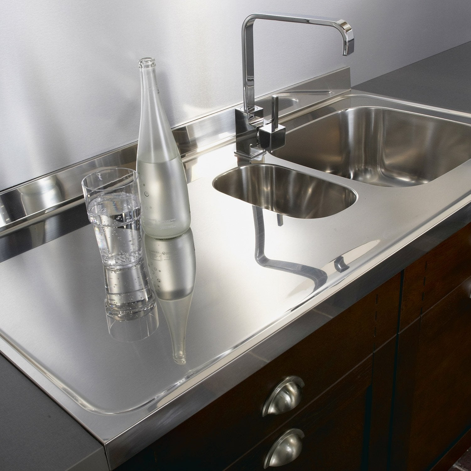 Plan vier inox brillant x cm mm leroy for Eviers en inox cuisine