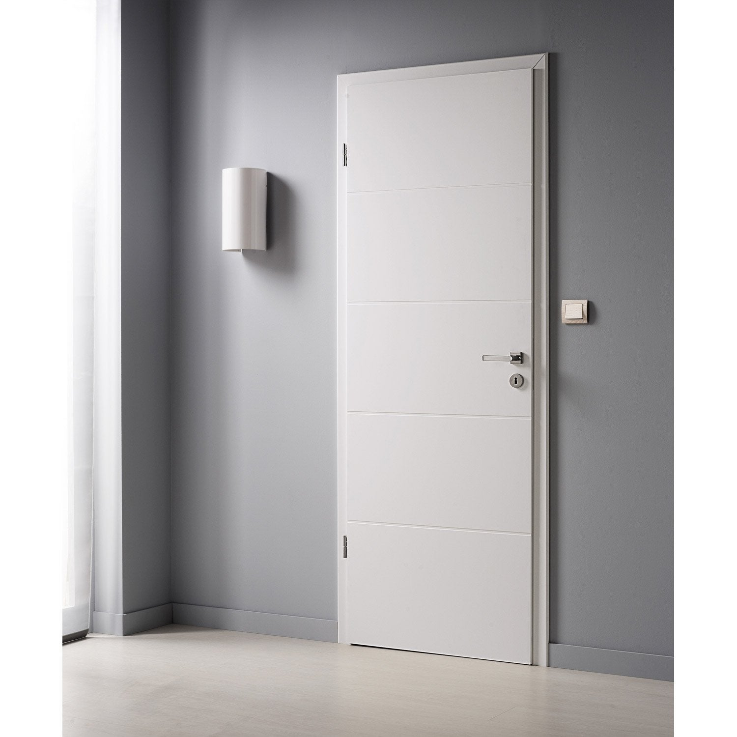 Porte sans b ti laqu e blanc naples x cm for Dimension porte interieur 83