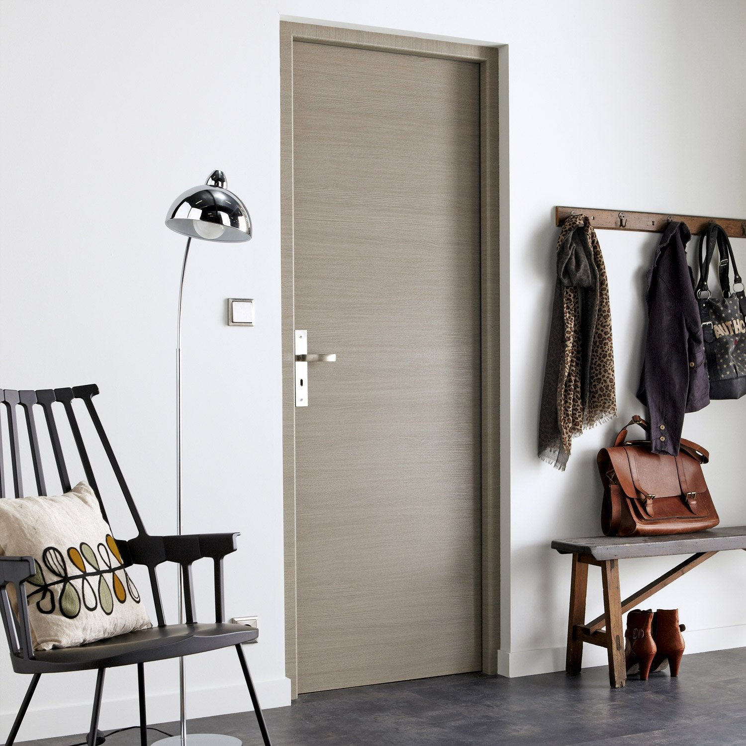 Porte sans b ti mdf rev tu d cor ch ne fum gris londres for Decoration porte interieur leroy merlin