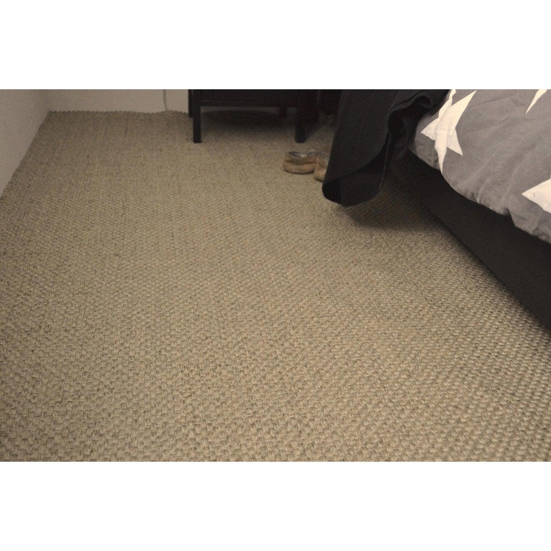 nettoyer tapis voiture 5 astuces colo pour nettoyer un tapis de voiture sans entretenir et. Black Bedroom Furniture Sets. Home Design Ideas