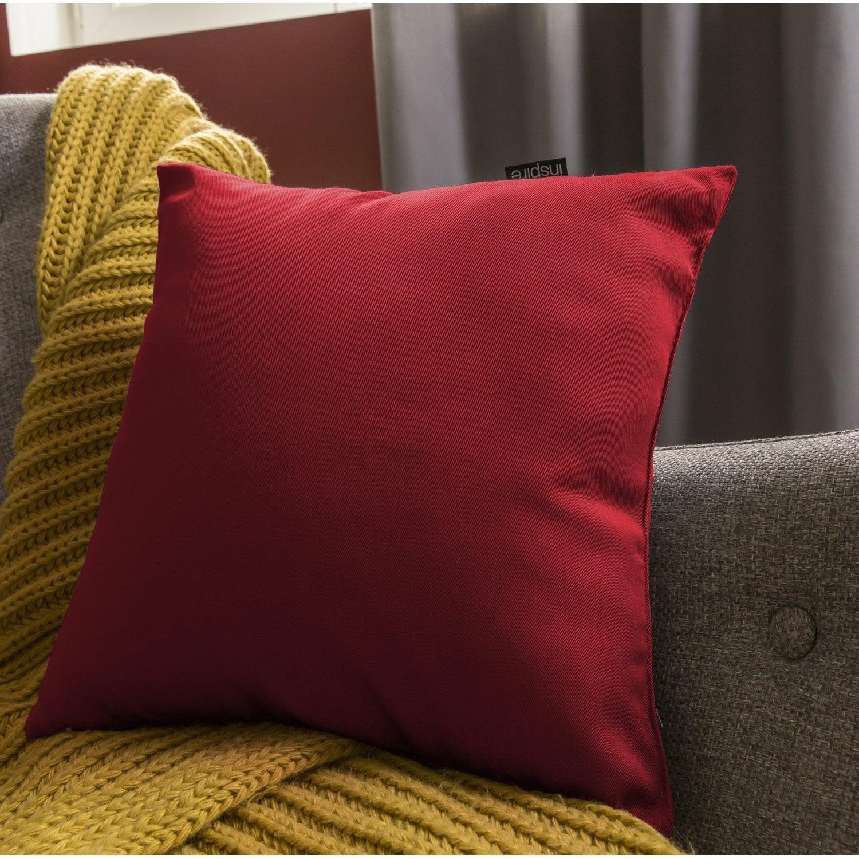 coussin rouge. Black Bedroom Furniture Sets. Home Design Ideas