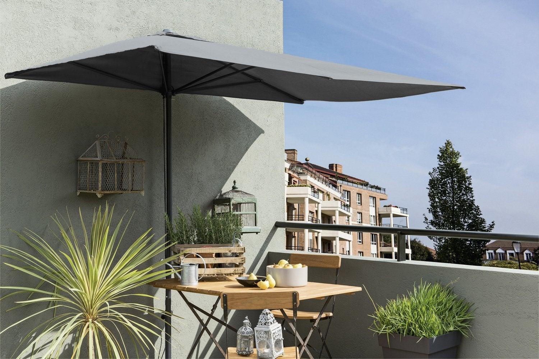 une velum orange sur la terrasse leroy merlin. Black Bedroom Furniture Sets. Home Design Ideas