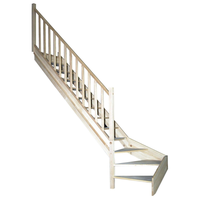 D Co Relooker Un Escalier Avec Des Palettes Bois Calais 1822 Calais Port Code Postal