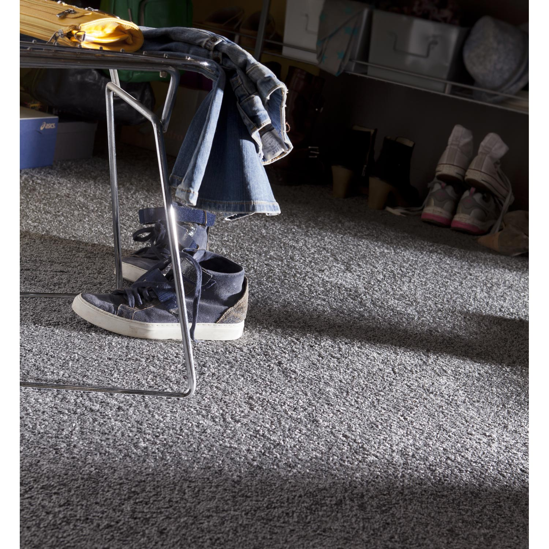 moquette shaggy mini euphoria artens anthracite 4 m leroy merlin. Black Bedroom Furniture Sets. Home Design Ideas