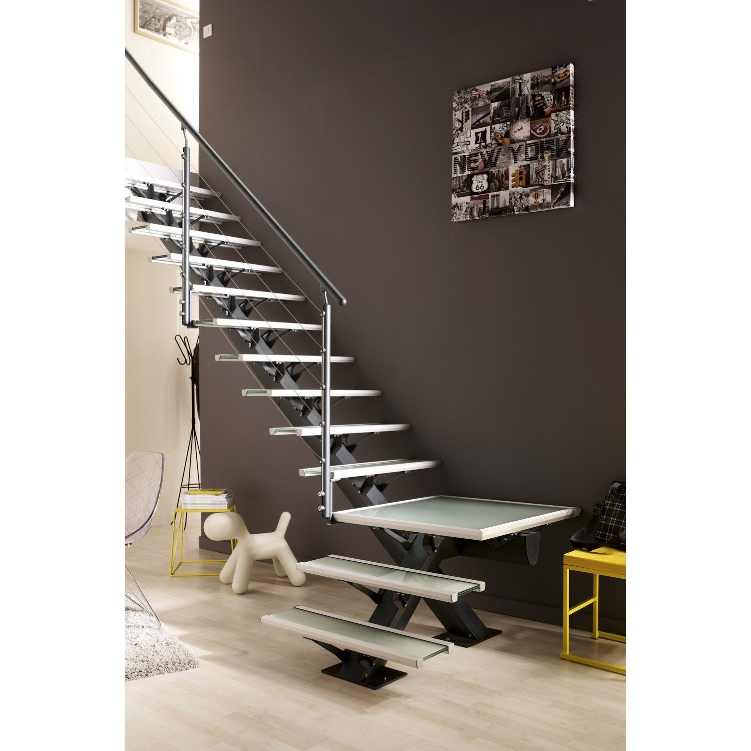 escalier quart tournant mona structure aluminium marche verre leroy merlin. Black Bedroom Furniture Sets. Home Design Ideas