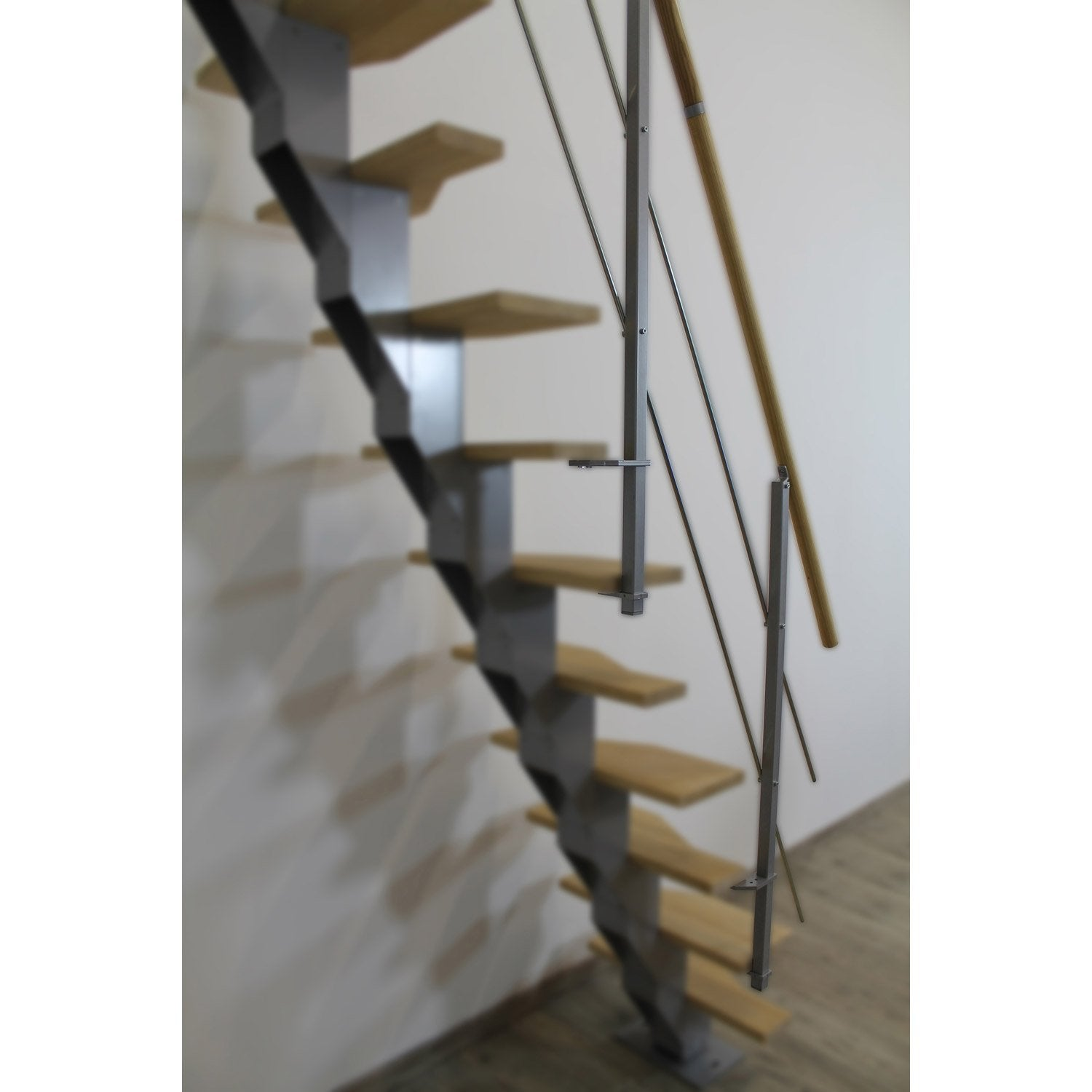 Plaque de protection en verre synth tique pour escalier for Kit de renovation escalier leroy merlin
