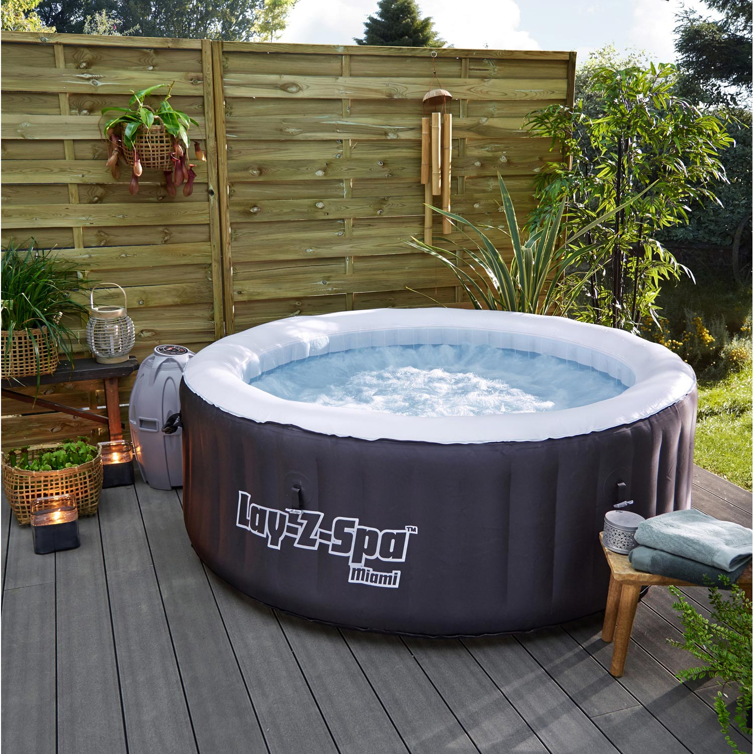 Spa gonflable bestway miami rond 4 places assises leroy merlin - Jacuzzi rond exterieur ...