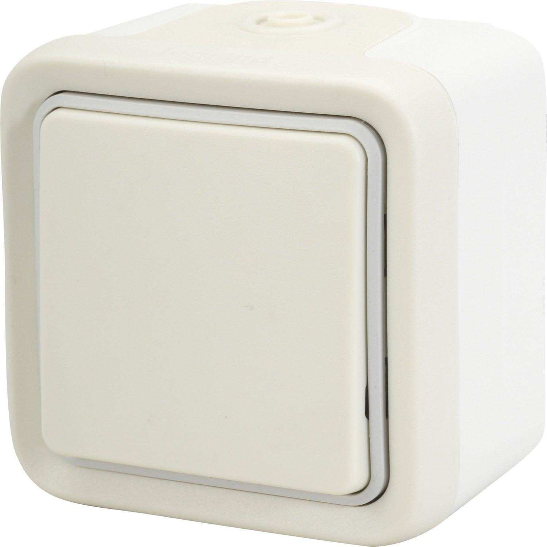 Interrupteur va et vient tanche legrand plexo blanc for Interrupteur exterieur legrand