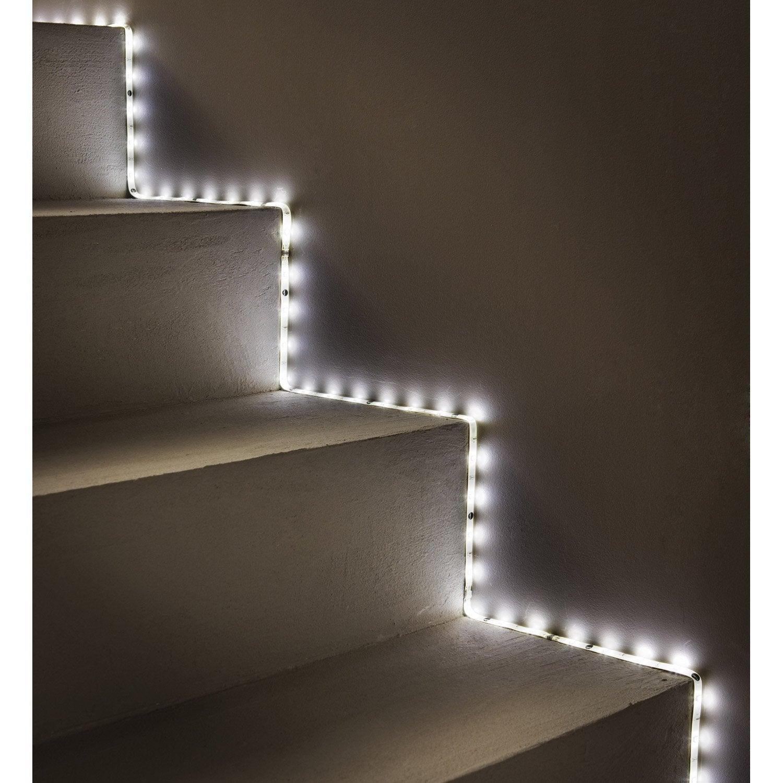 eclairage led cuisine simple racglette led cuisine. Black Bedroom Furniture Sets. Home Design Ideas