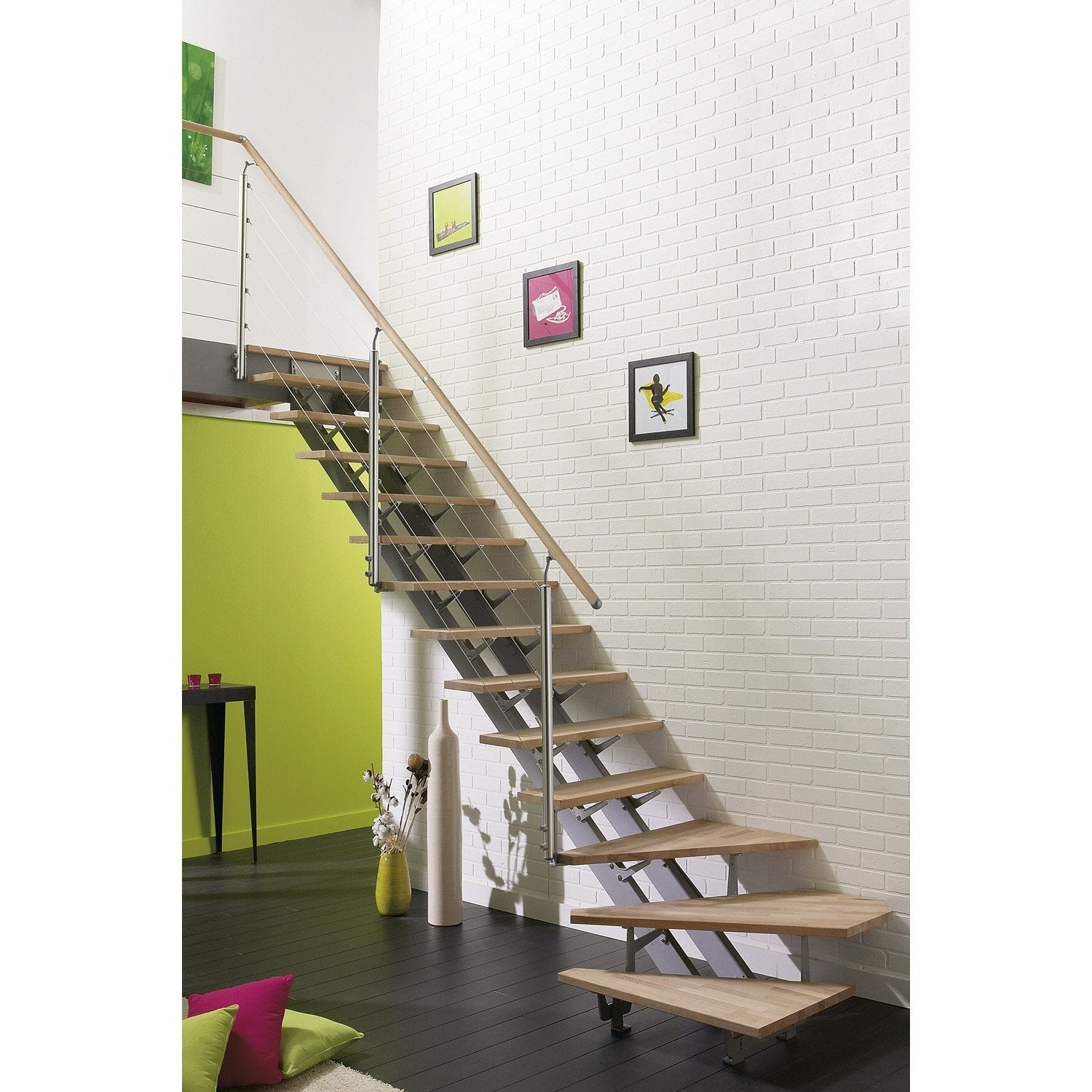Escalier quart tournant escatwin structure aluminium for Pose carrelage escalier tournant
