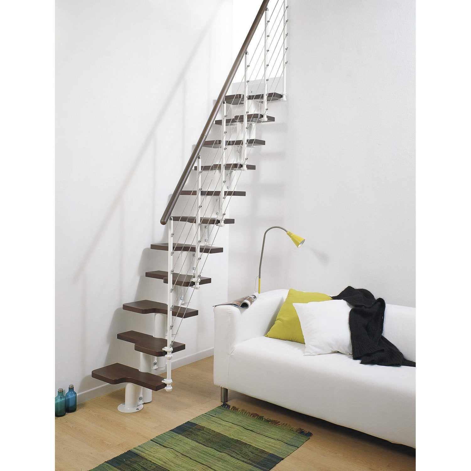 escalier droit mini line marches bois structure m tal blanc leroy merlin. Black Bedroom Furniture Sets. Home Design Ideas