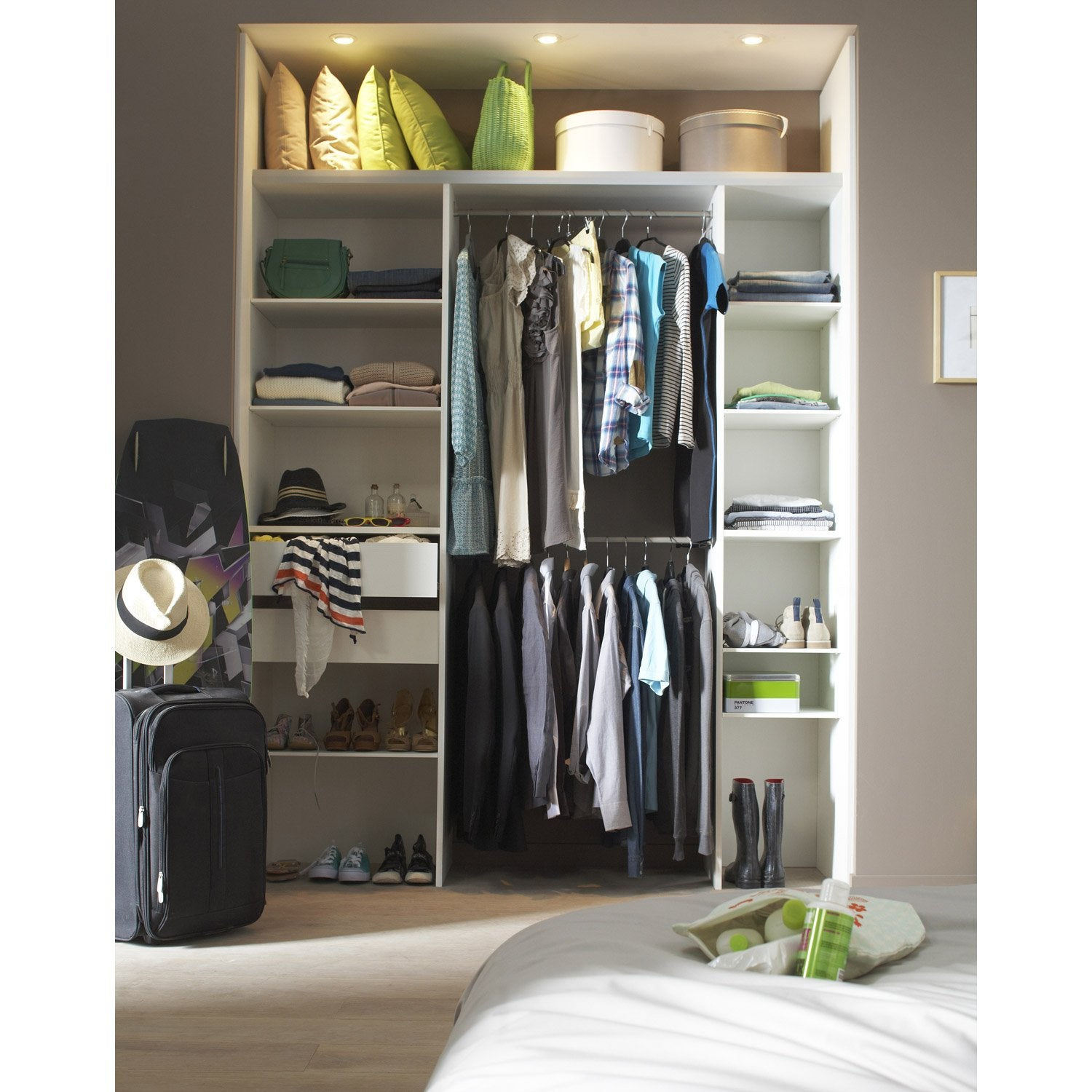 kit dressing effet fr ne blanc modul 39 pack x x. Black Bedroom Furniture Sets. Home Design Ideas