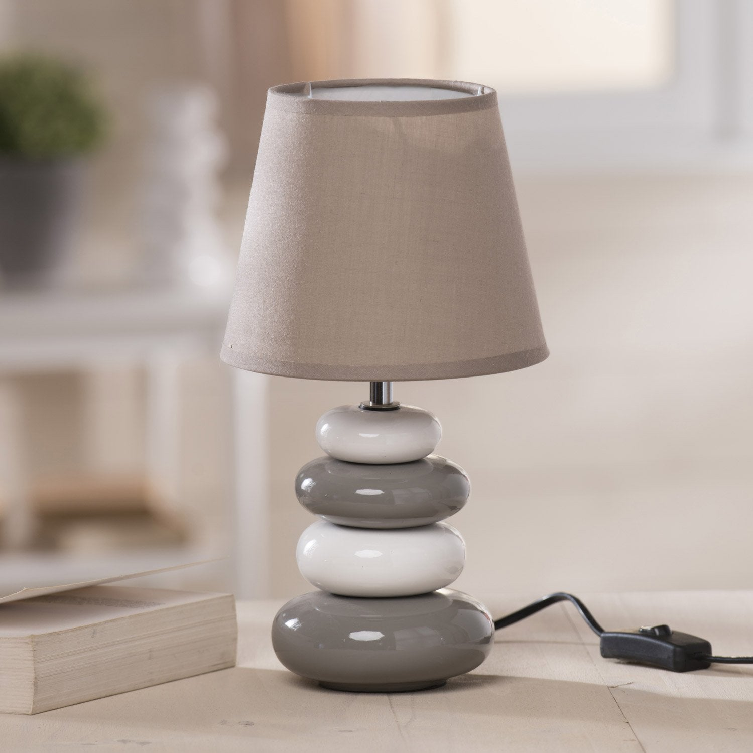 Lampe arizona seynave coton chanvre 40 w leroy merlin - Lampe trepied gifi ...