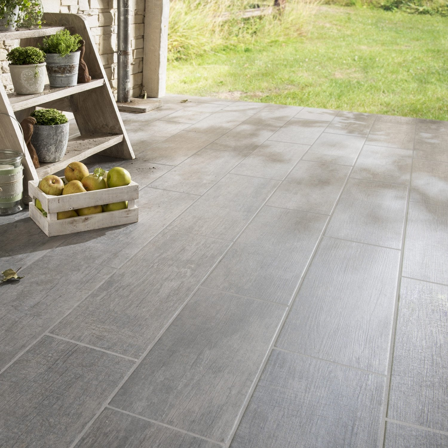 Carrelage sol anthracite effet bois river x cm leroy merlin - Carrelage terrasse point p ...
