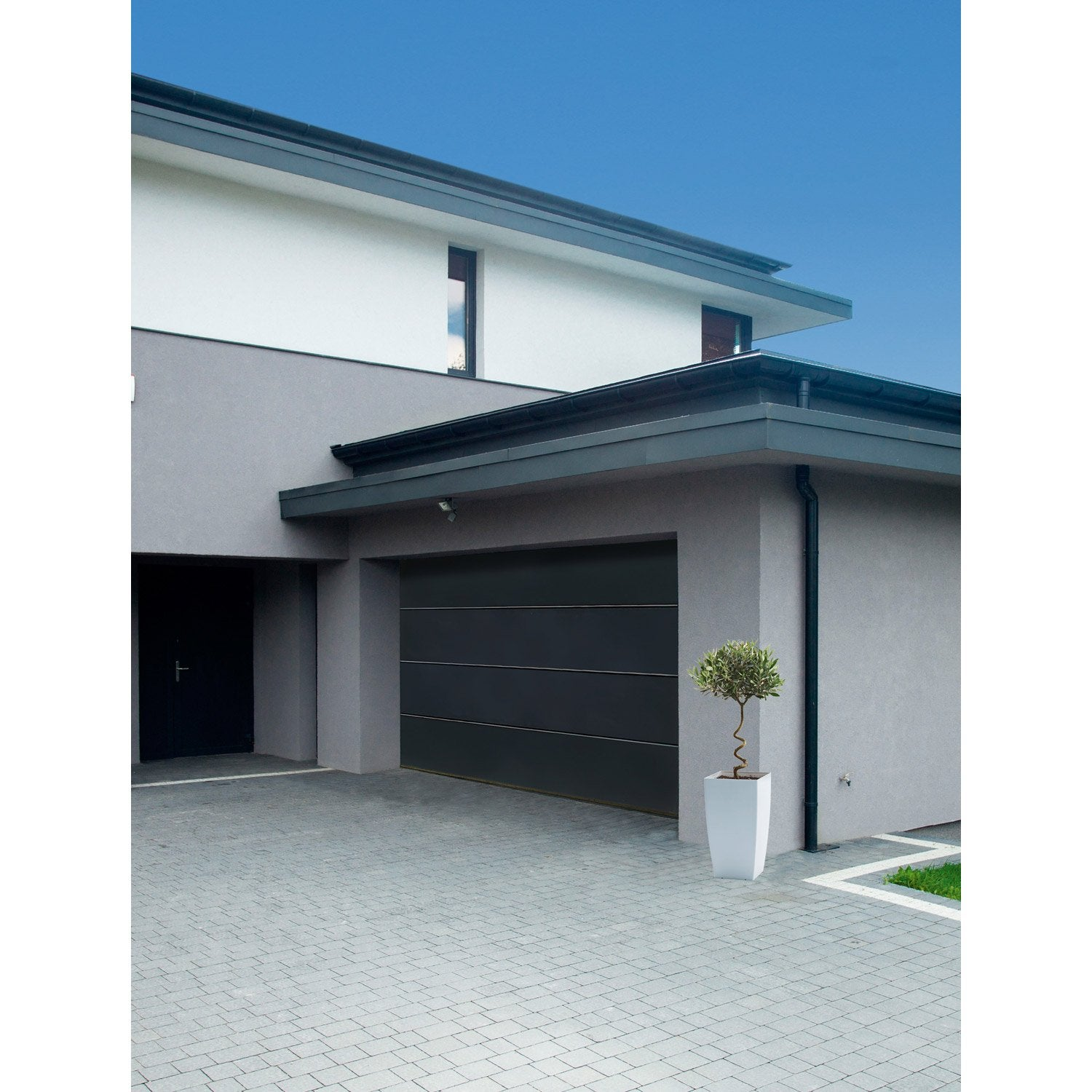 Porte de garage sectionnelle motoris e artens premium 200x240cm avec portillon leroy merlin - Largeur porte garage ...