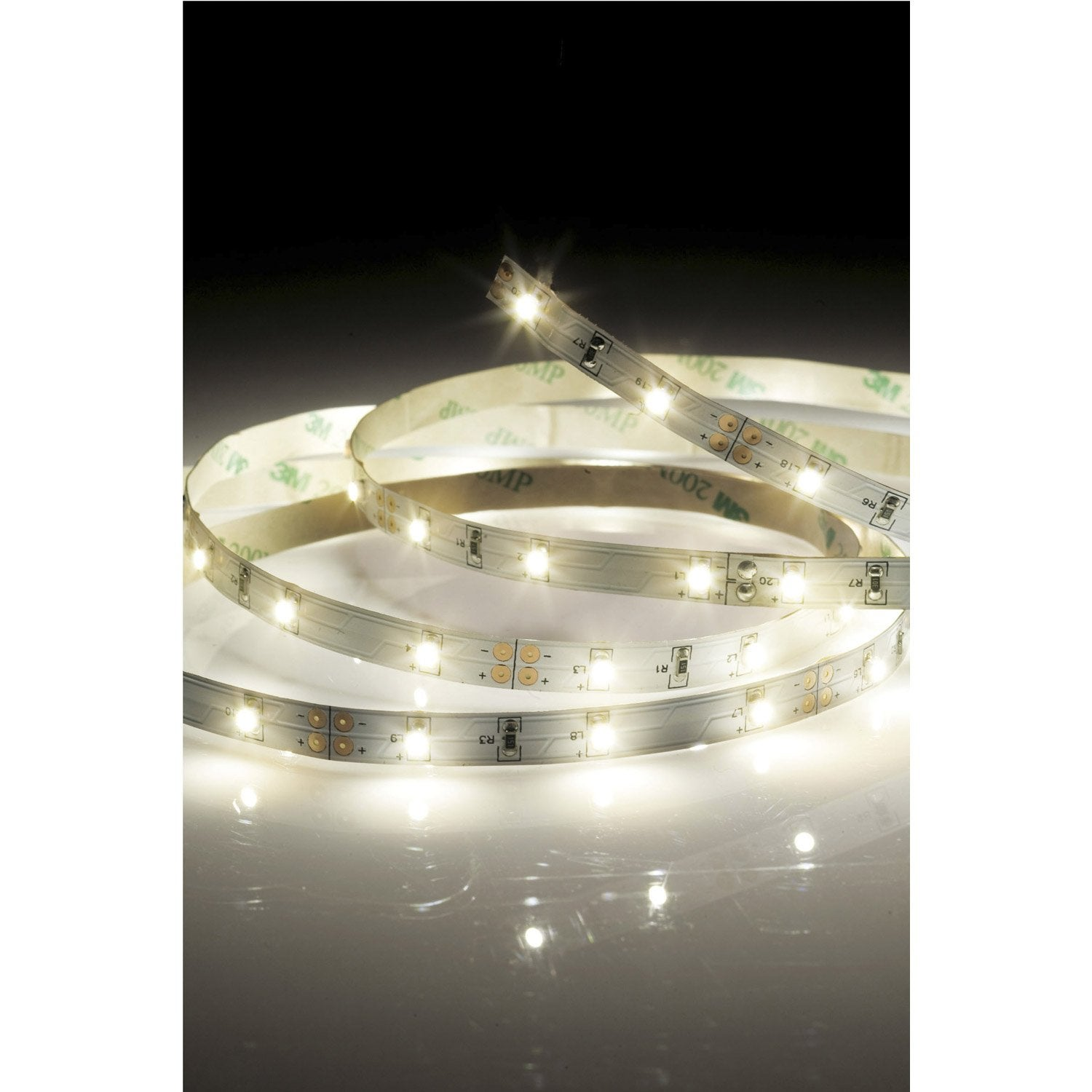 ruban led strip led led 1 x 26 5 w led int gr e blanc chaud leroy merlin. Black Bedroom Furniture Sets. Home Design Ideas